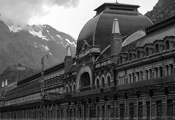 International Railway Station of Canfranc. Photo: Sebas Vanneuville